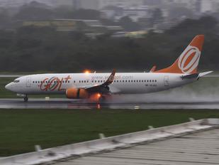 PR-VBL - GOL Transportes Aéreos  Boeing 737-800