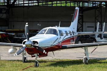 SP-NAZ - Private Piper PA-46 Malibu / Mirage / Matrix