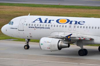 EI-DSS - Air One Airbus A320