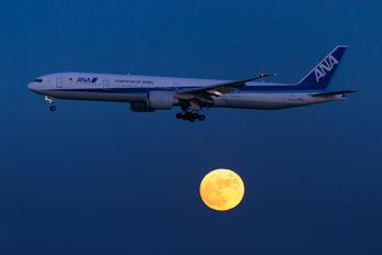 JA781A - ANA - All Nippon Airways Boeing 777-300ER