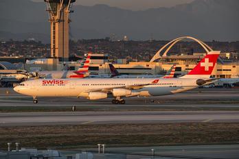 HB-JME - Swiss Airbus A340-300