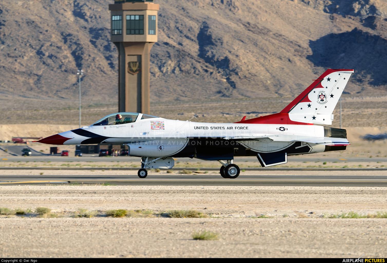 USA - Air Force : Thunderbirds 92-3880 aircraft at Nellis AFB