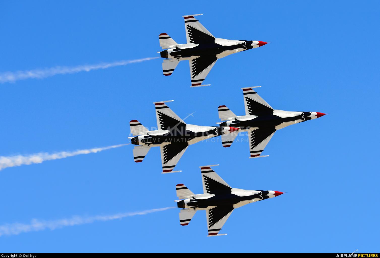 USA - Air Force : Thunderbirds 92-3898 aircraft at Nellis AFB