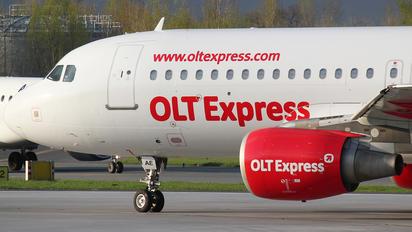 SP-IAE - OLT Express Airbus A320