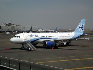 XA-ZIH - Interjet Airbus A320