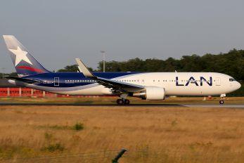 CC-BDO - LAN Airlines Boeing 767-300ER