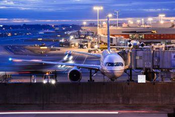 N516UA - United Airlines Boeing 757-200