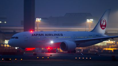 JA827J - JAL - Japan Airlines Boeing 787-8 Dreamliner