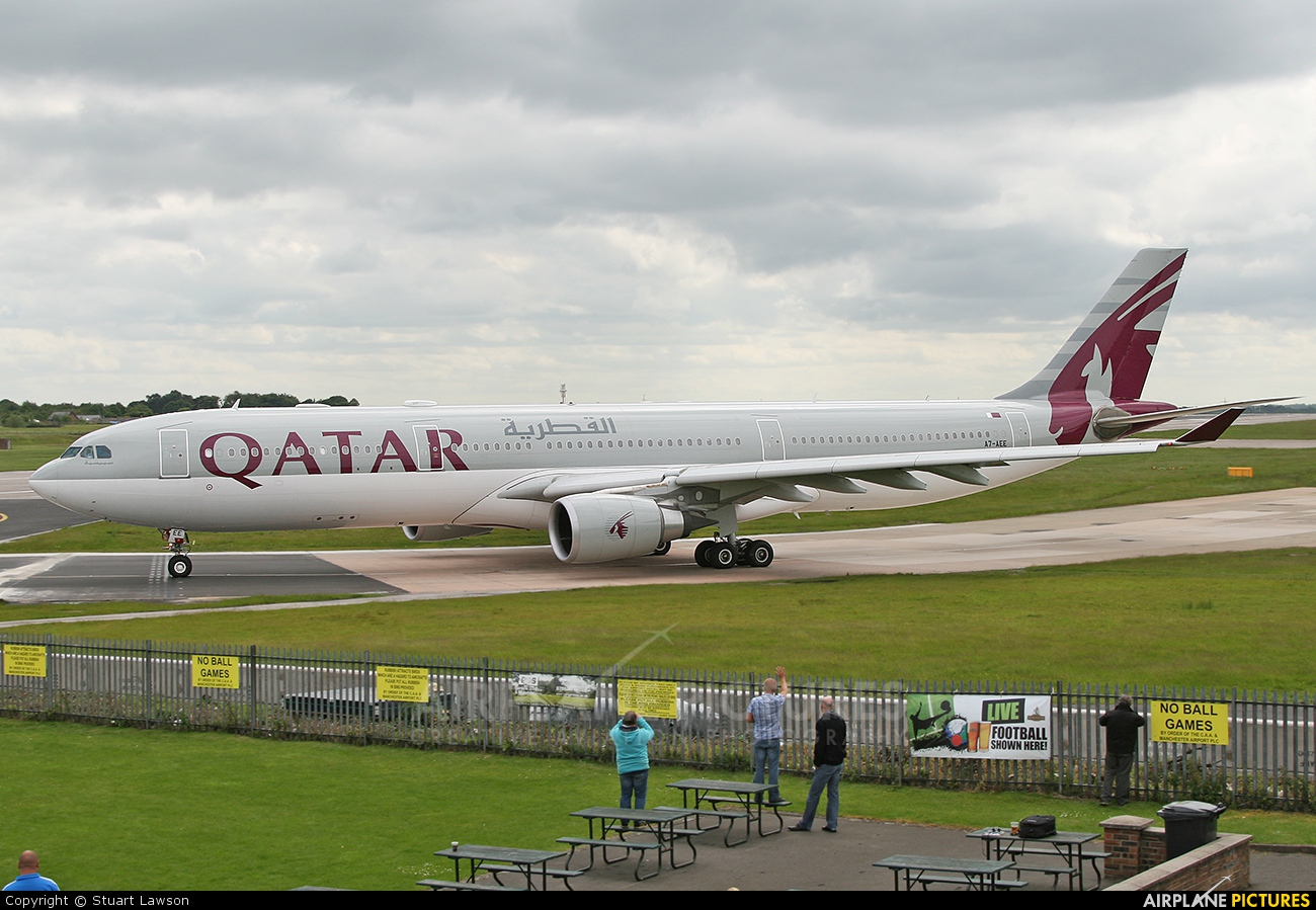 Qatar Airways A7-AEE aircraft at Manchester