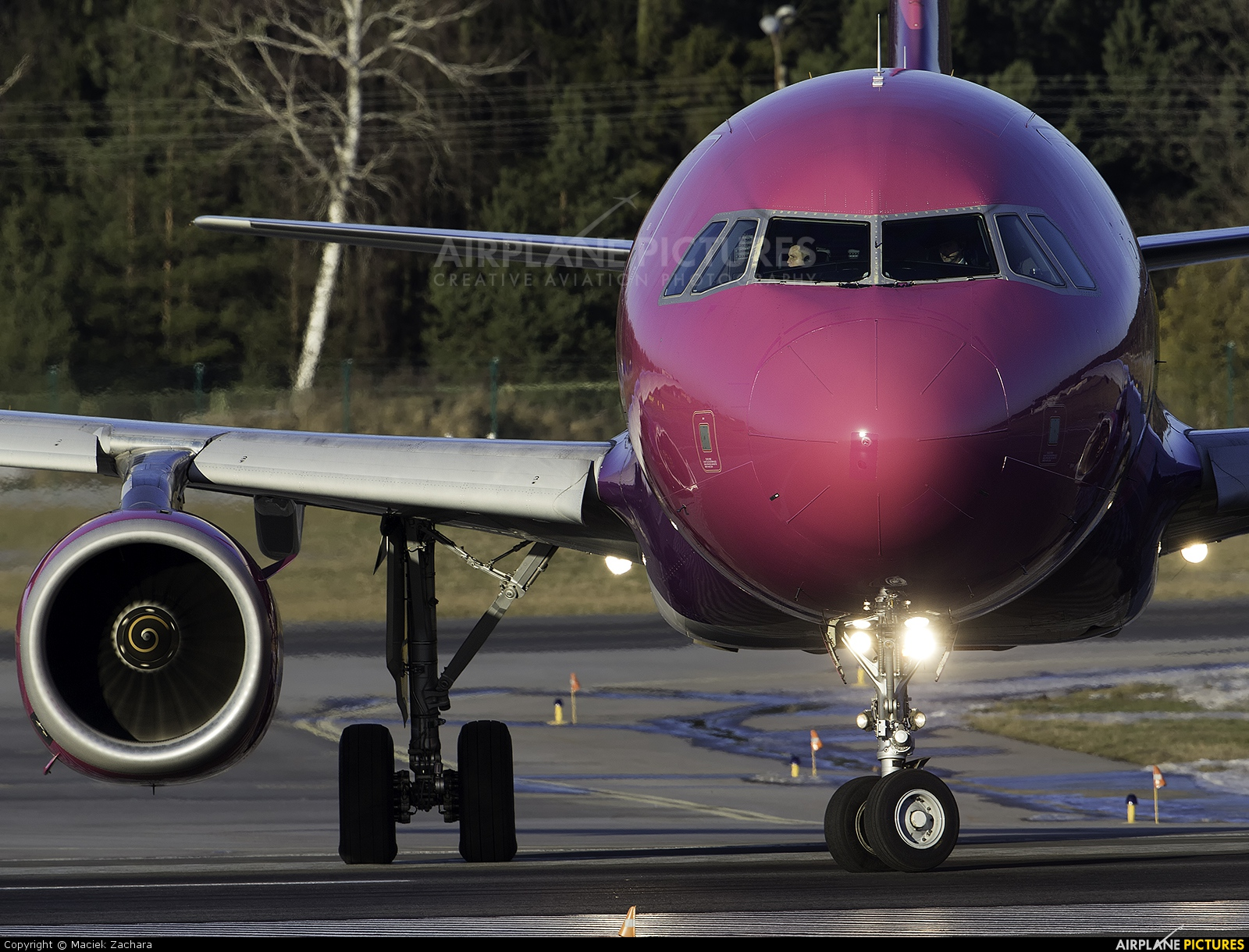 Wizz Air HA-LWB aircraft at Gdańsk - Lech Wałęsa