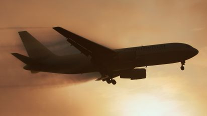 - - Continental Airlines Boeing 767-200