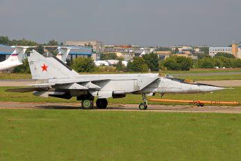 02 - Gromov Flight Research Institute Mikoyan-Gurevich MiG-25PU