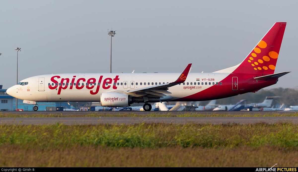 SpiceJet VT-SZB aircraft at Delhi - Indira Gandhi Intl