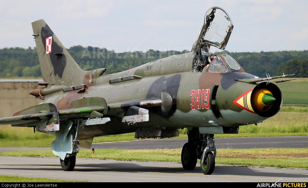 Poland - Air Force 3819 aircraft at Florennes