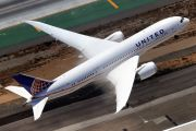 N26902 - United Airlines Boeing 787-8 Dreamliner aircraft