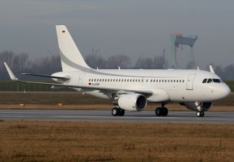 D-AVWF - Private Airbus A319