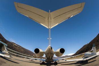 VP-BVG - Private Bombardier BD-700 Global 6000