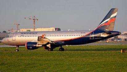 VQ-BHL - Aeroflot Airbus A320