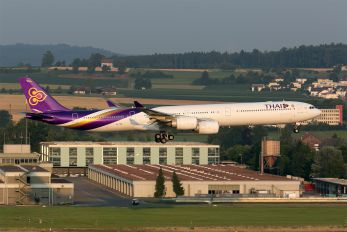 HS-TNB - Thai Airways Airbus A340-600