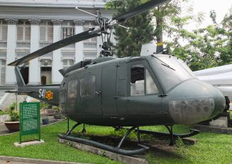 541 - Vietnam - Air Force Bell UH-1H Iroquois