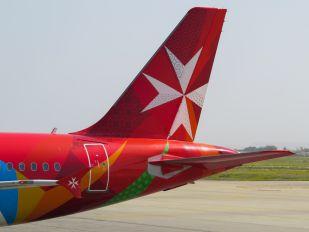 9H-AEQ - Air Malta Airbus A320