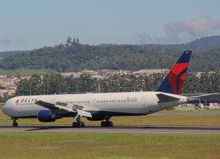 N834HM - Delta Air Lines Boeing 767-400ER
