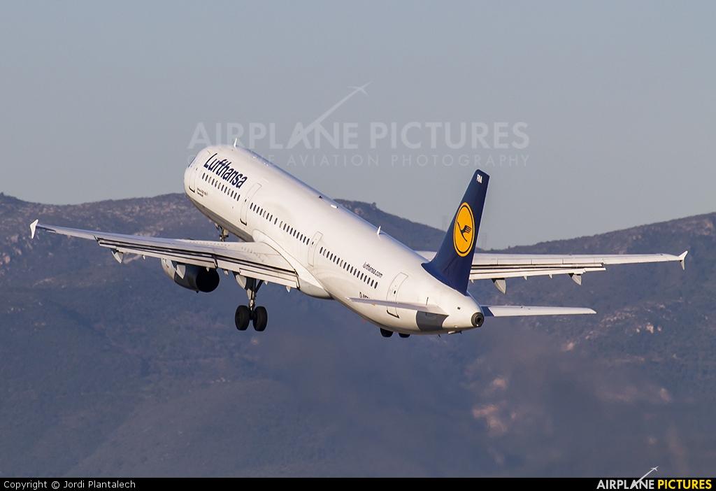 Lufthansa D-AIRM aircraft at Barcelona - El Prat