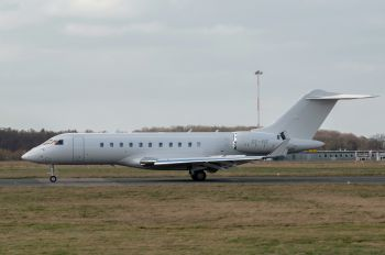 OY-VIZ - Execujet Europa AS Bombardier BD-700 Global 5000