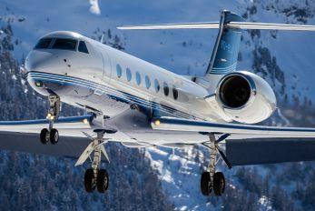 VQ-BLA - Private Gulfstream Aerospace G-V, G-V-SP, G500, G550