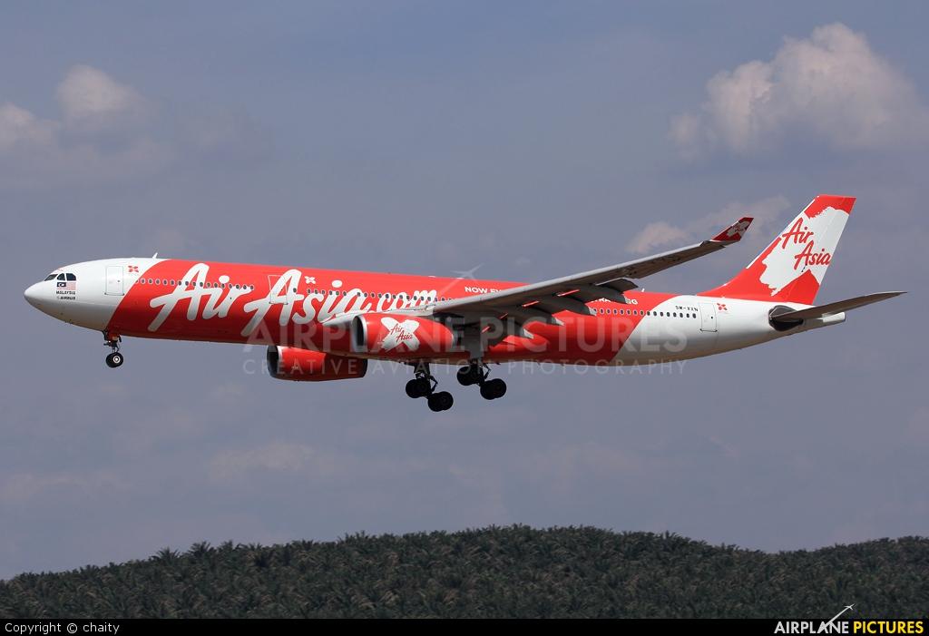 AirAsia X 9M-XXN aircraft at Kuala Lumpur Intl