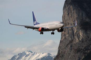 LN-RGA - SAS - Scandinavian Airlines Boeing 737-800