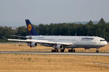 D-AIGH - Lufthansa Airbus A340-300