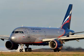 VP-BDM - Aeroflot Airbus A319