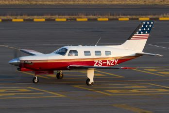 ZS-NZY - Private Piper PA-46 Malibu / Malibu Mirage / Matrix