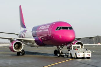 HA-LWO - Wizz Air Airbus A320