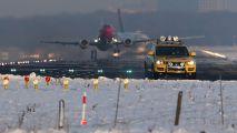 LN-KKZ - Norwegian Air Shuttle Boeing 737-300 aircraft