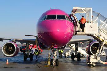 HA-LWO - Wizz Air Airbus A320
