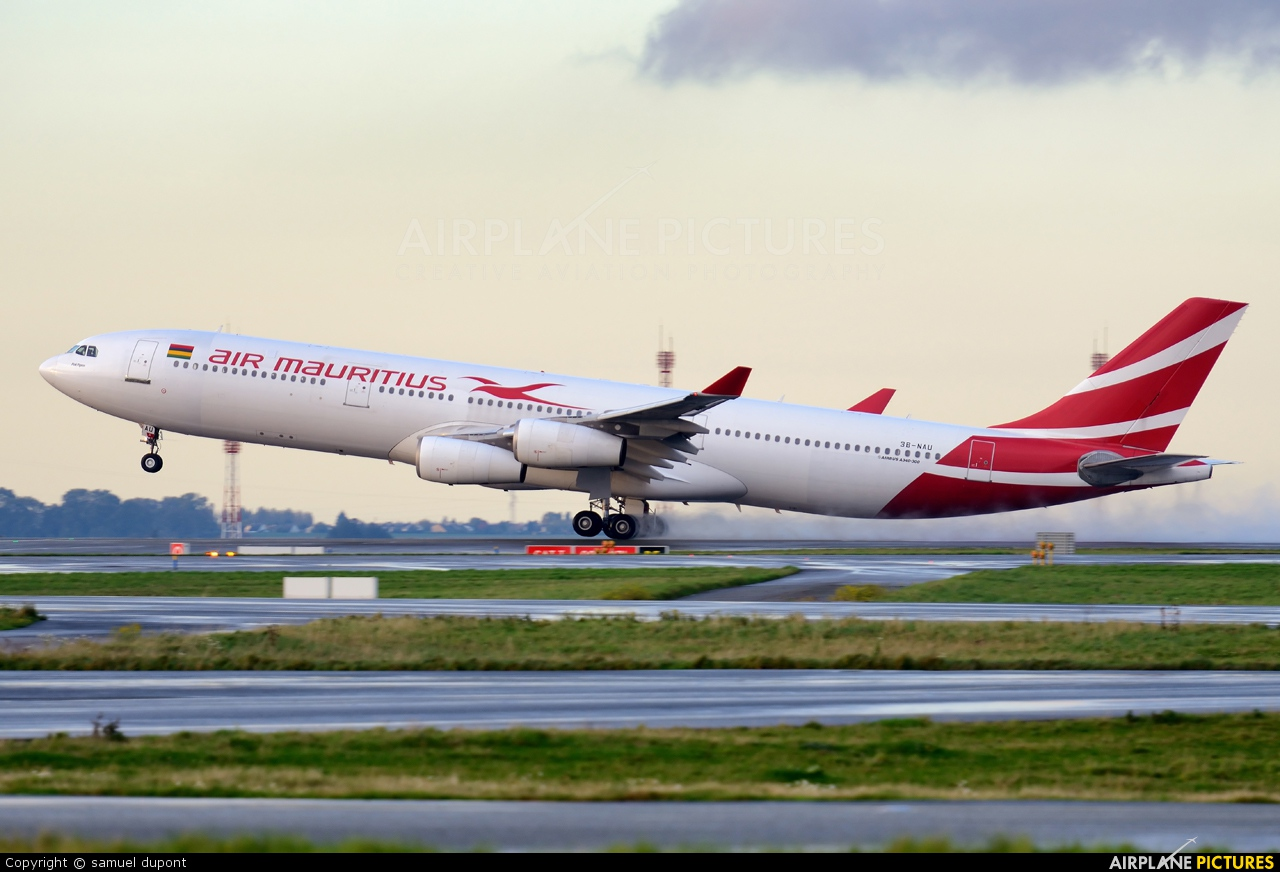 Air Mauritius 3B-NAU aircraft at Paris - Charles de Gaulle