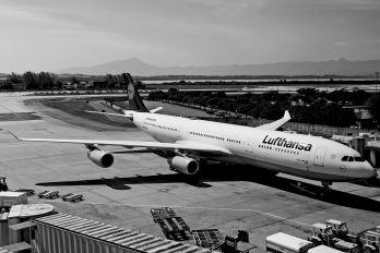 D-AIGL - Lufthansa Airbus A340-300