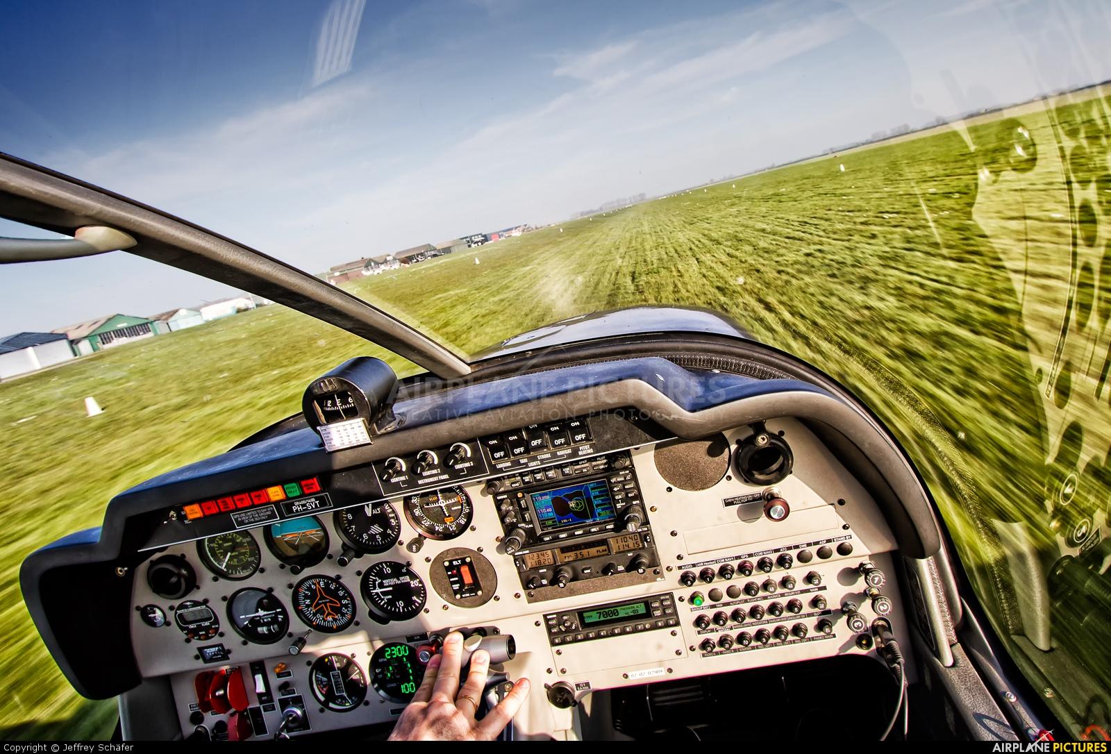 Vliegclub Rotterdam PH-SVT aircraft at Middelburg - Midden Zeeland