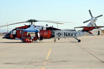 165760 - USA - Navy Sikorsky MH-60S Nighthawk