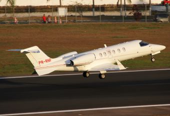 PR-RNF - Private Learjet 40