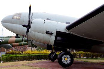 10-541 - Korea (South) - Air Force Curtiss C-46D Commando