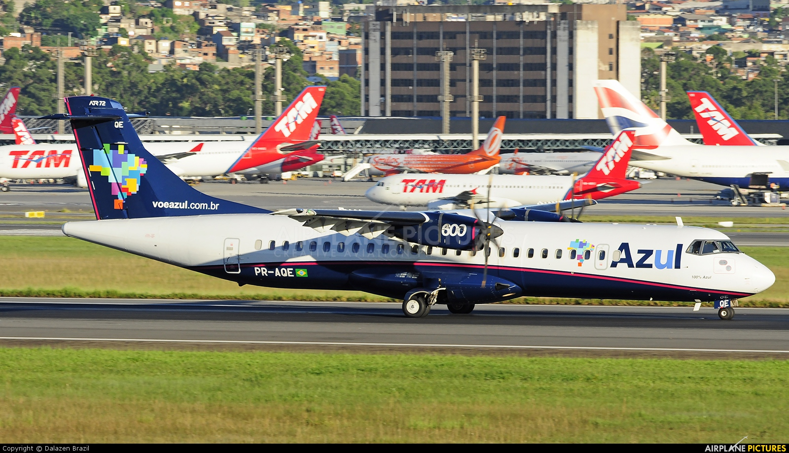 Azul Linhas Aéreas PR-AQE aircraft at São Paulo - Guarulhos