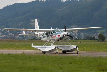 OE-EDM - The Flying Bulls Cessna 208 Caravan