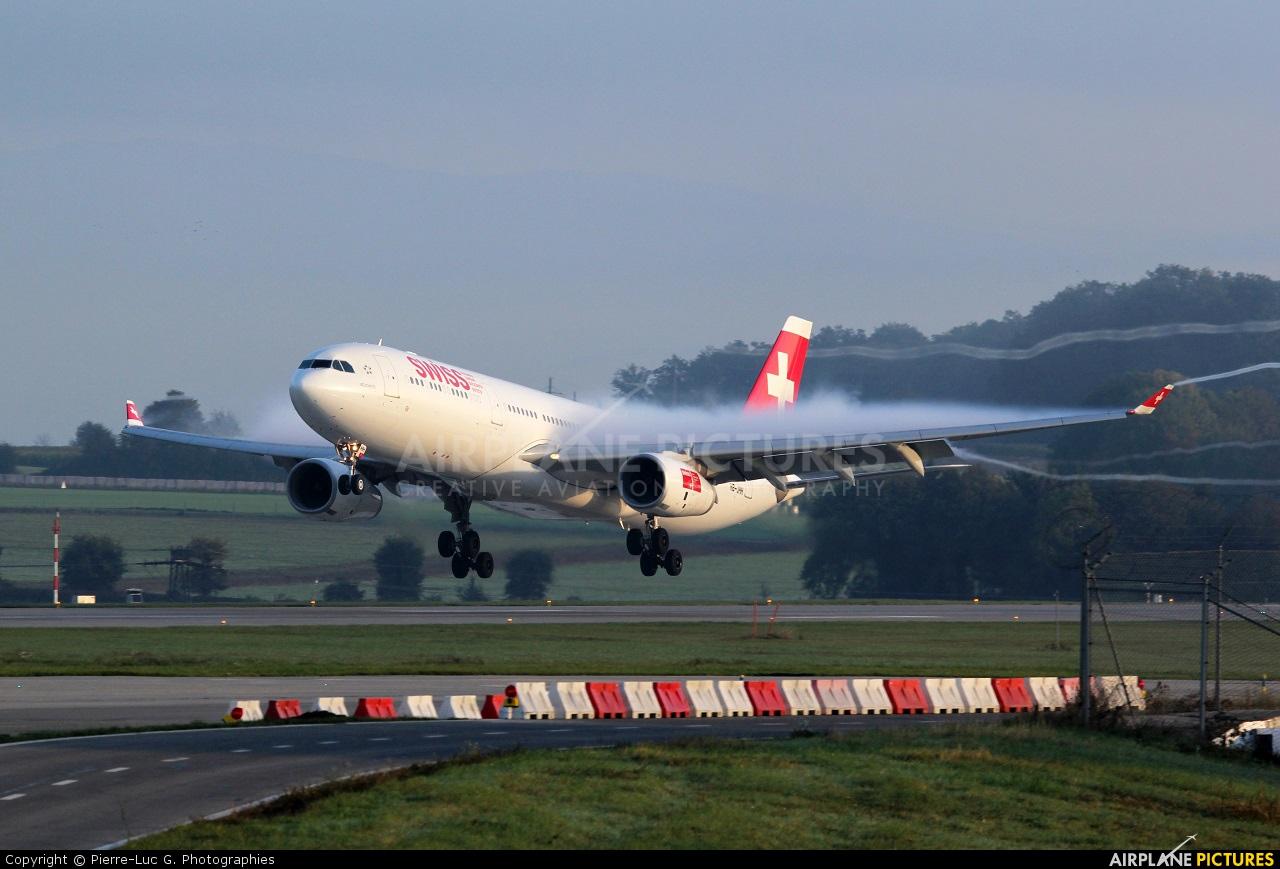 Swiss HB-JHH aircraft at Geneva Intl