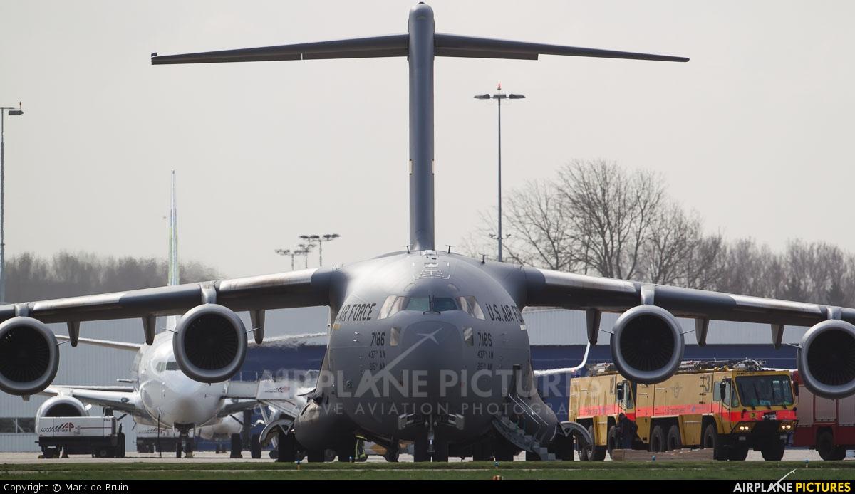 USA - Air Force 07-7186 aircraft at Rotterdam