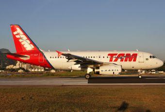 PT-MZF - TAM Airbus A319