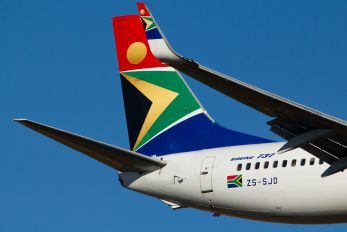 ZS-SJD - South African Airways Boeing 737-800