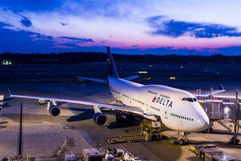 N663US - Delta Air Lines Boeing 747-400